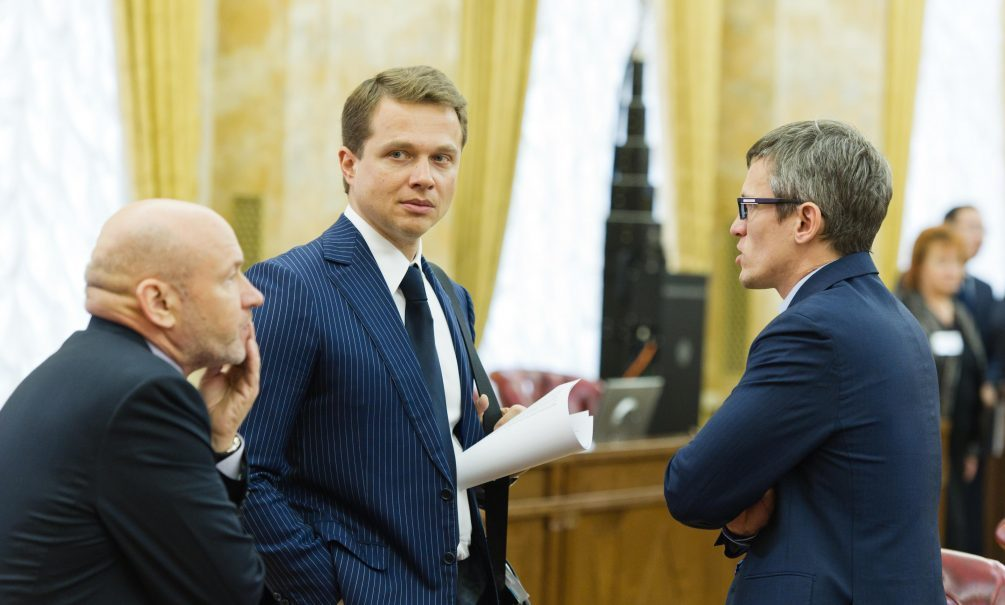 Собянин под угрозой: его зам Ликсутов заболел СOVID-19 через два дня после встречи с мэром