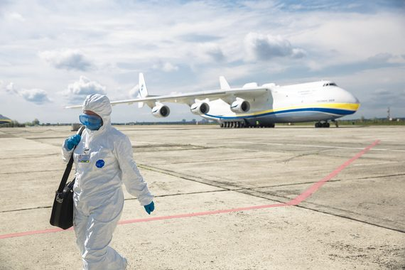 Люди мрут за деньги Пентагона: США превратили Украину в полигон для биооружия