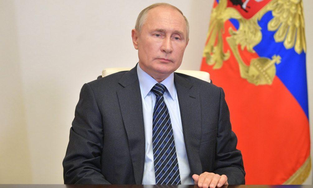 Общенационального локдауна не будет. Путин ограничился «точечными решениями»