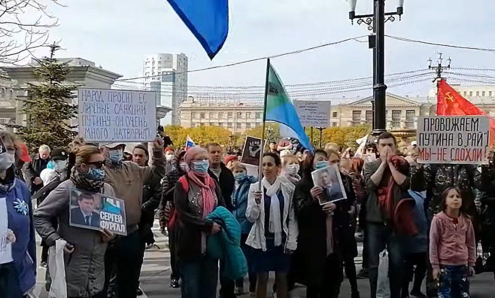 Один «Фургал» — один удар: защитник хабаровского экс-губернатора разбил голову о решетку в полиции