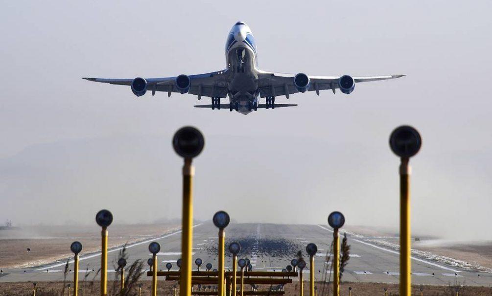 Власти России разрешили четырем городам осуществлять международные авиарейсы