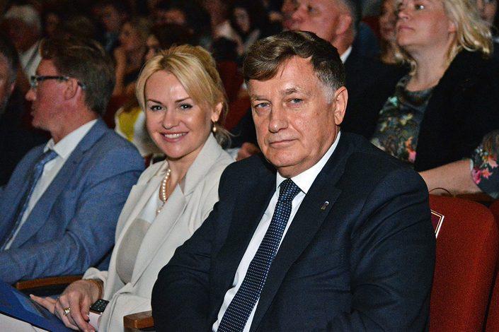 Спикер ЗакС Санкт-Петербурга Макаров пытается уничтожить проект ЖК, одобренный ранее его дочерью Лыбаневой