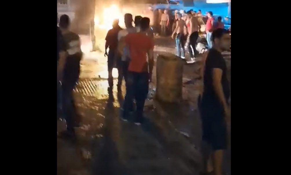 Очевидцы сняли на видео новый мощный взрыв в Бейруте. Есть жертвы