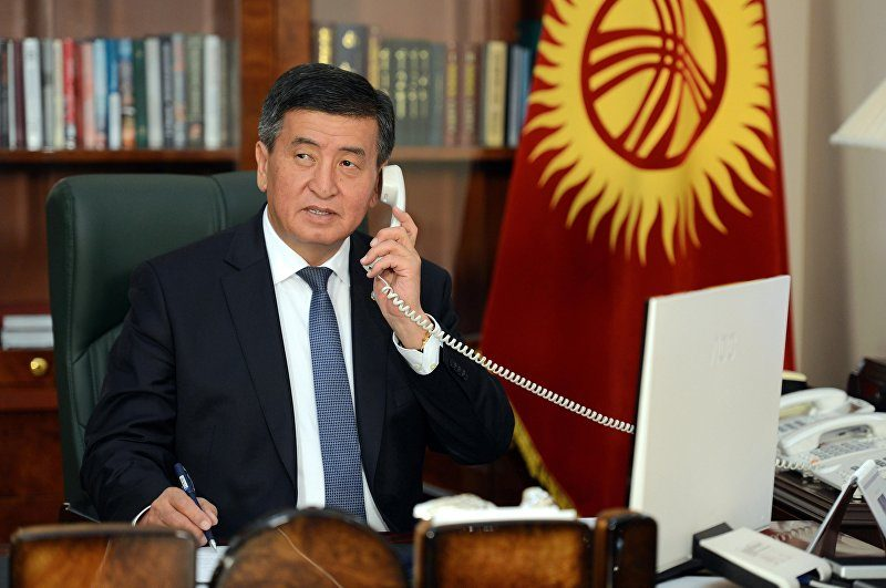 Пропавший, но не забытый: президент Киргизии пытается управлять страной из конспиративной квартиры