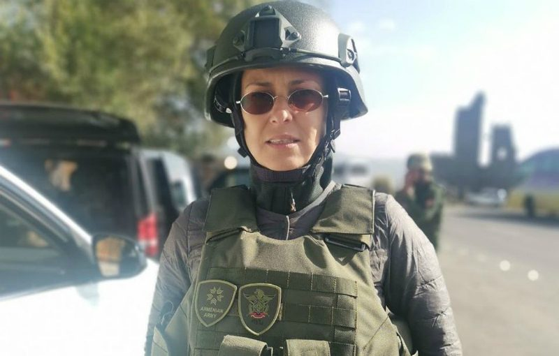Певица Юлия Чичерина вышла на связь после обстрела азербайджанскими беспилотниками в Нагорном Карабахе