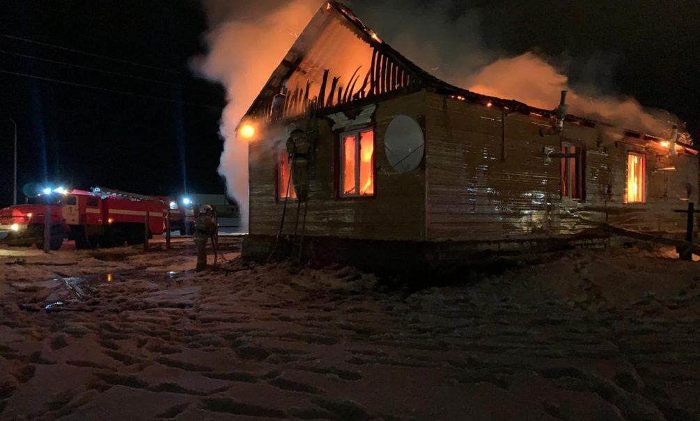 Страшный пожар унес жизни четверых детей и их мамы в Якутии