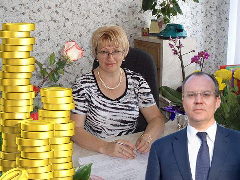 Сельская чиновница на неделю уволилась с госслужбы ради баснословной пенсии из кармана воронежцев