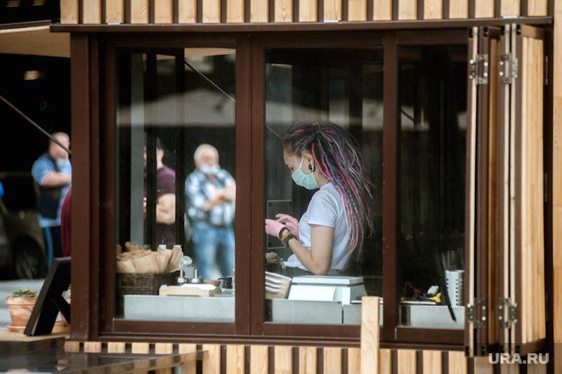 Срок-полгода: вирусолог предупредил о новых угрозах для переболевших коронавирусом