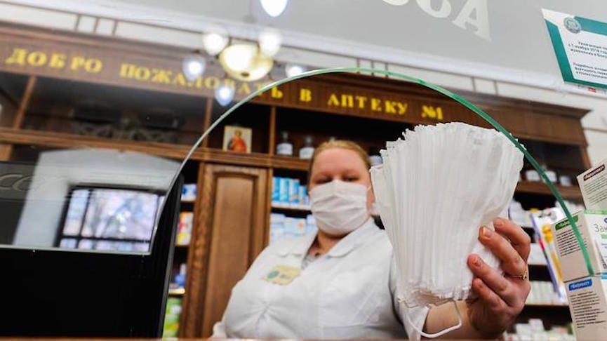 Миллион зараженных в сутки: ученые предупредили россиян об опасности отказа от масок