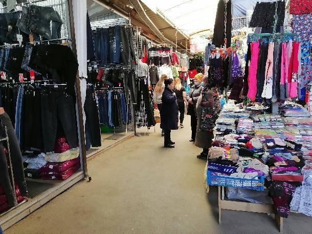 Огромный рынок-призрак работает в Ростове-на-Дону при закрытых глазах чиновников