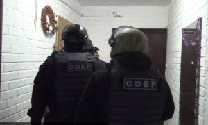 В Чечне завязался бой между сотрудниками ОМОН и СОБР. Есть убитые