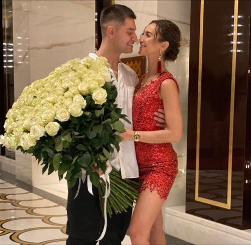 «Не имею никакого отношения к этой дате»: Бузова ответила на слухи о помолвке с Давой