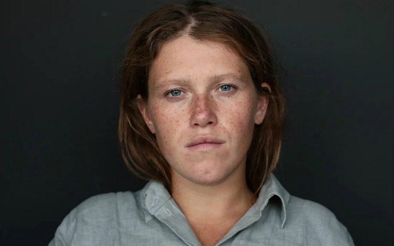 Обзывали колхозницей: звезда сериала «Чики» со слезами на глазах рассказала о травле