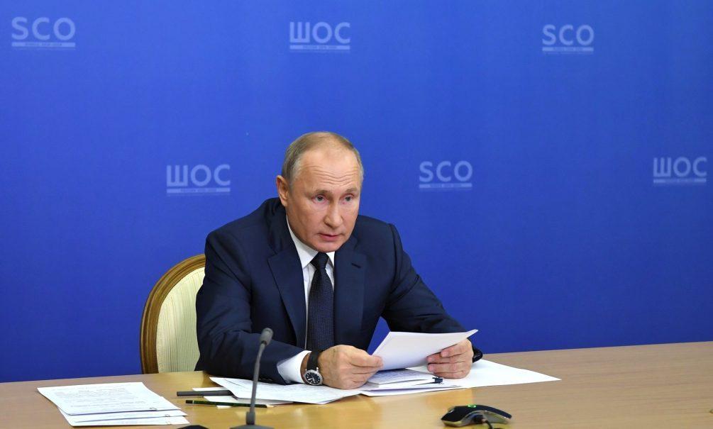 «Мужество тех, кто принимает решение»: Путин похвастался карабахским перемирием перед ШОС