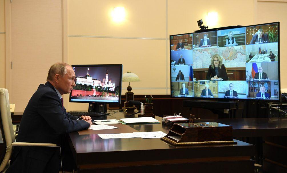 «Не надо делать вид, что все нормально»: Голикова назвала Путину регионы, где пора ужесточать карантин