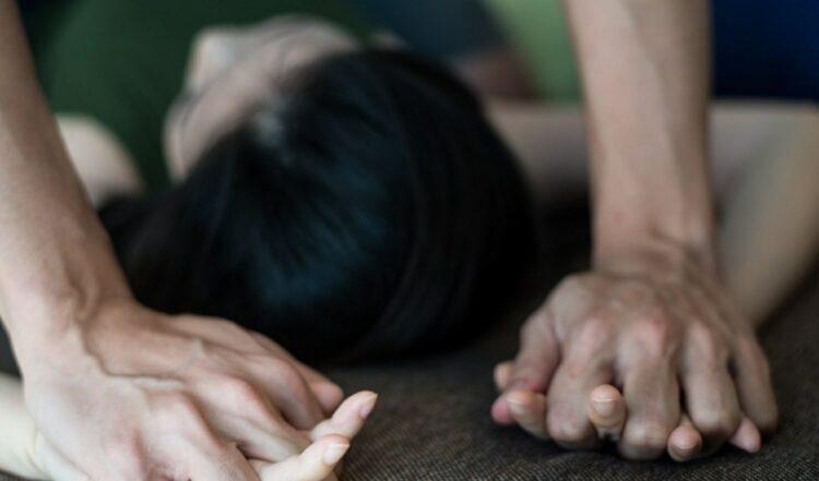 На групповое изнасилование собственную жену привез житель Ростова