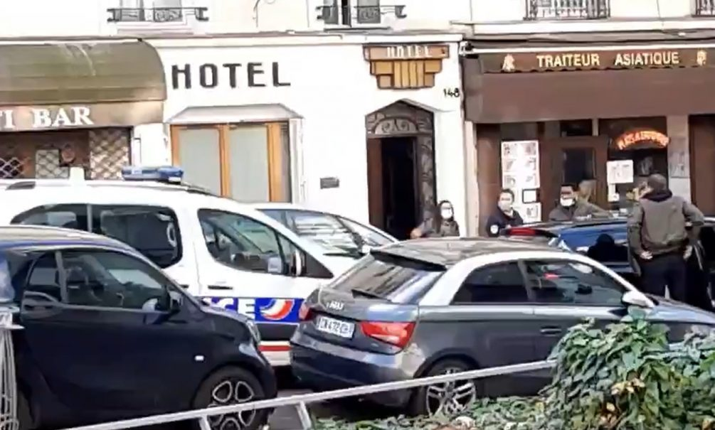 Полиция Парижа задержала мужчину, который угрожал пассажирам метро мачете