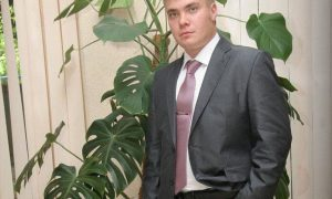 Baza: сотрудник ФСО покончил с собой на Соборной площади Кремля