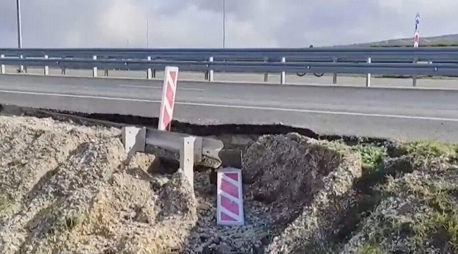 В Крыму обвалилась трасса за 6 млрд рублей, которую торжественно открыл Путин