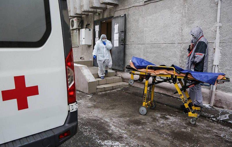 Пандемия грозит смертями «с избытком», но не от COVID-19: замминистра здравоохранения забил тревогу