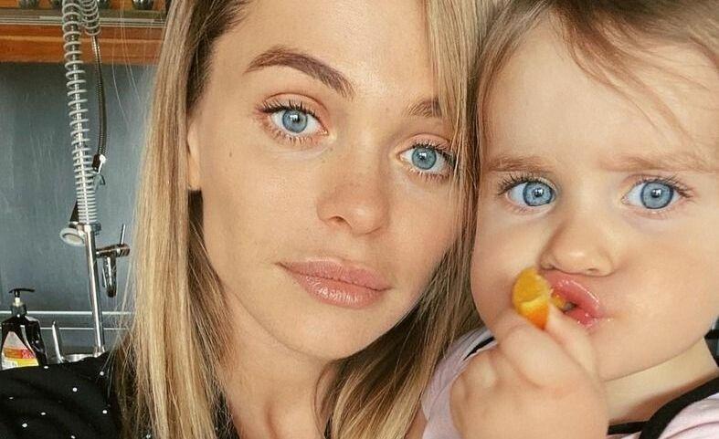 «От аборта отказалась»: Анна Хилькевич призналась, что могла родить ребенка с синдромом Дауна