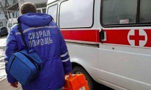 В Кузбассе «скорая» оставила женщину умирать в подъезде