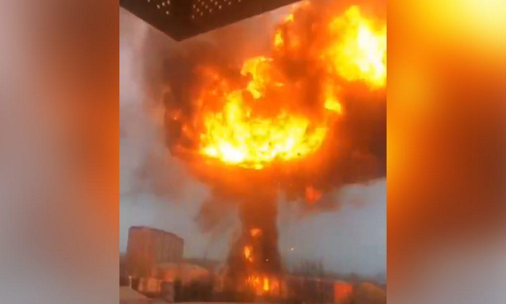 Серия мощных взрывов прогремела на юге Москвы