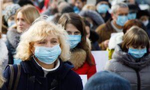 Шестая часть россиян готова носить маски всю жизнь
