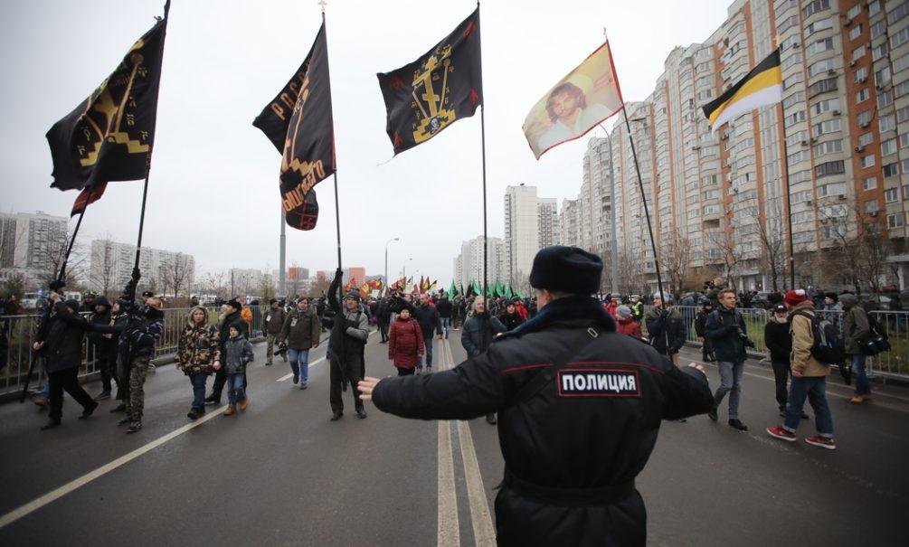 Опять задержания: в Москве полиция разогнала участников «Русского марша»