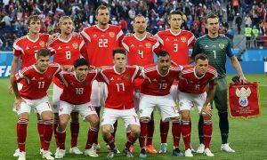 Сборную России по футболу косит коронавирус - больны уже трое