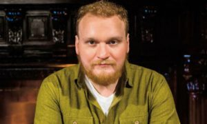 900 тысяч за подсказку на «Битве экстрасенсов»: уволен ведущий Сергей Сафронов