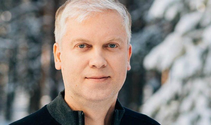 «Поражение легких и температура»: Сергея Светлакова госпитализировали с Covid-19