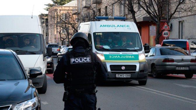 В Тбилиси террористы захватили девять человек в заложники