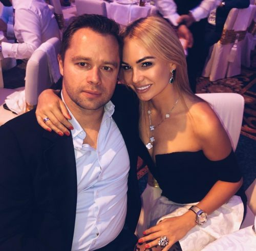 «Настроила дочь против отца»: Кожевникова устроила разборки с экс-супругой Гогунского
