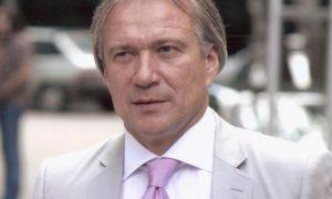 Простые люди, артисты и спортсмены за Олега Медведева: за что судят известного бизнесмена и мецената