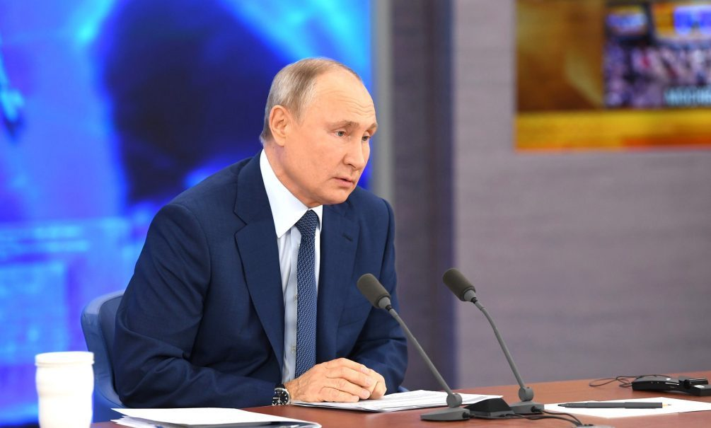 Президент РФ отказался обсуждать работу спецслужб перед всей страной и миром
