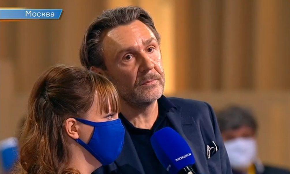 Шнуров спросил Путина о мате и российских хакерах,