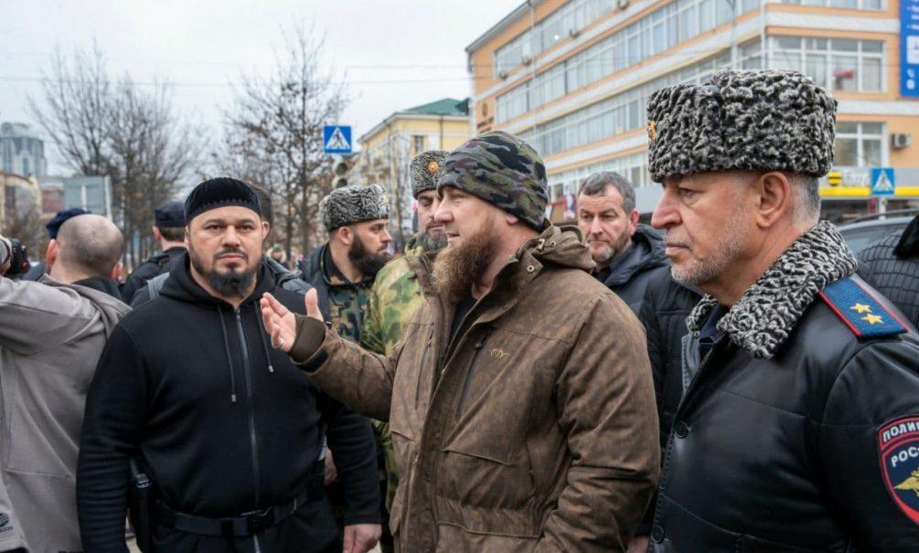 Братья из пекарни: Кадыров назвал имена преступников, убивших полицейского в центре Грозного