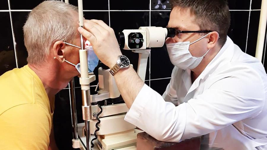 Названо еще одно страшное последствие коронавируса: больные слепнут навсегда