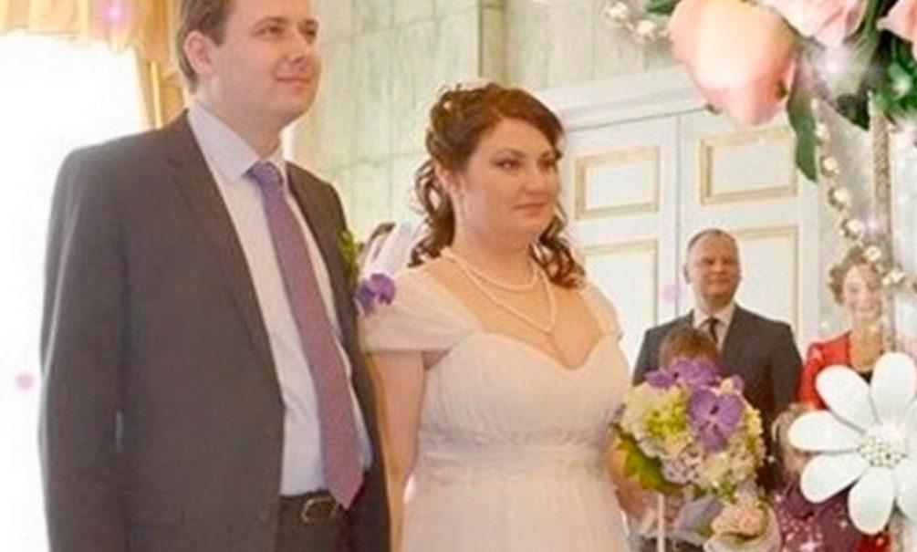 Супругам из Калининграда дали 25 лет колонии на двоих за свадебное фото с ФСБшником