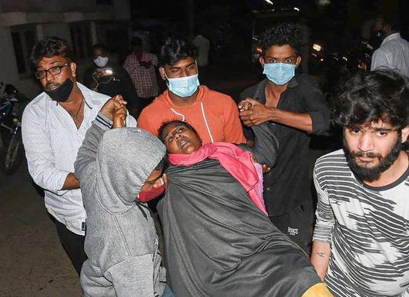 От неизвестной болезни начали умирать в Индии