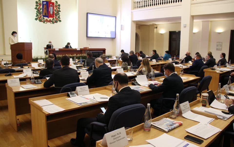 Ростовским депутатам хотят запретить врать