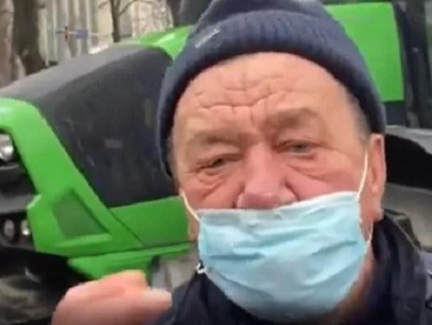 «Четыре процента дебилов и оккупантов, все зло от русских», - протестующие в Кишиневе трактористы