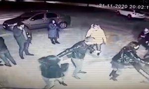 Ревнивый волгоградец устроил массовую драку с поножовщиной и попал на видео