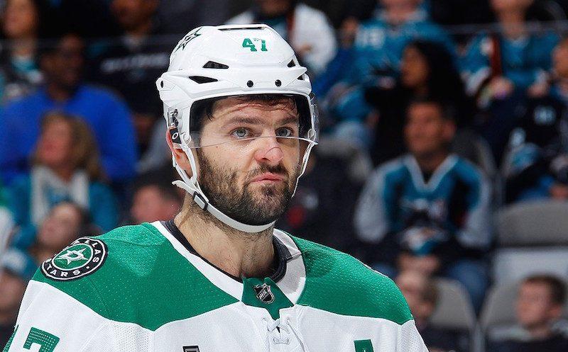 Российский банк обманул известного хоккеиста на 1,5 млрд рублей