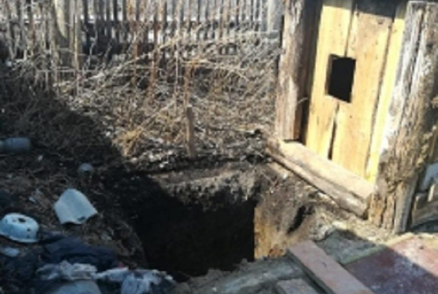 Абсолютно безобидный: сибирский пенсионер убивал и расчленял гостей, закапывая трупы в подполе и огороде