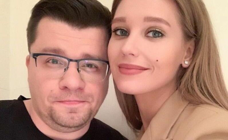«Раздражал живот, неопрятность, одышка»: новые причины развода Асмус с Харламовым