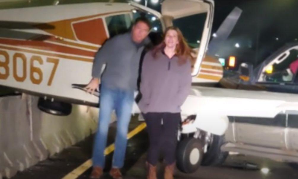 Приземление самолета на оживленное шоссе в США было снято на видео