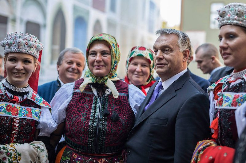 Пример заразителен: Венгрия сразу же после России отстояла