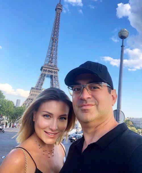 «Квартира и машина записаны на меня»: жена Мартиросяна о его романе с Яной Кошкиной